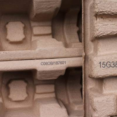 Brown cardboard filling protection 6